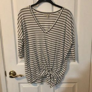 NWOT Express One Eleven Top